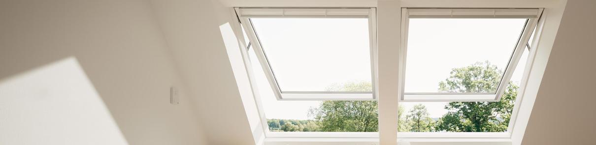Fenêtre à projection VELUX